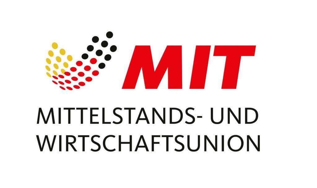 CDU-Mittelstandsverband (MIT) zeigt bei Barsinghäuser Unternehmen Flagge